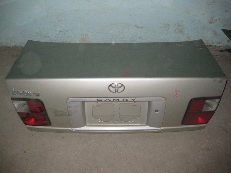Крышка багажника Toyota Camry SV40 4S 1998