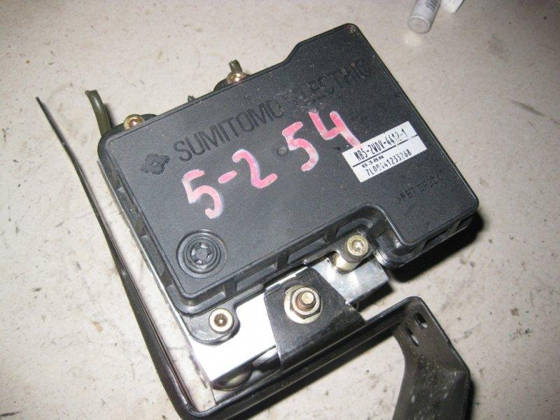 Блок управления abs Mitsubishi Lancer CS2A 4G15 2004