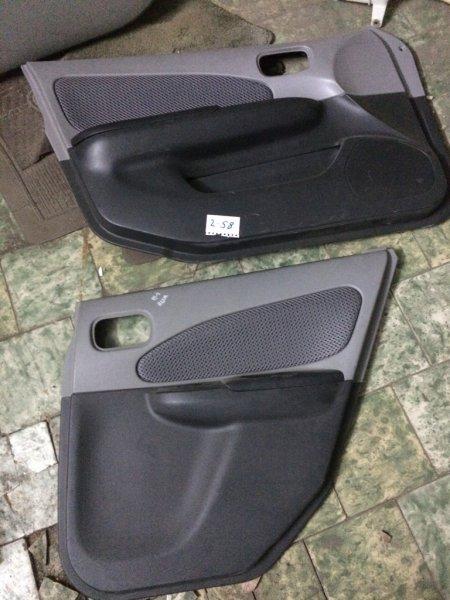 Обшивка дверей Nissan Wingroad WFY11 QG15 передняя левая