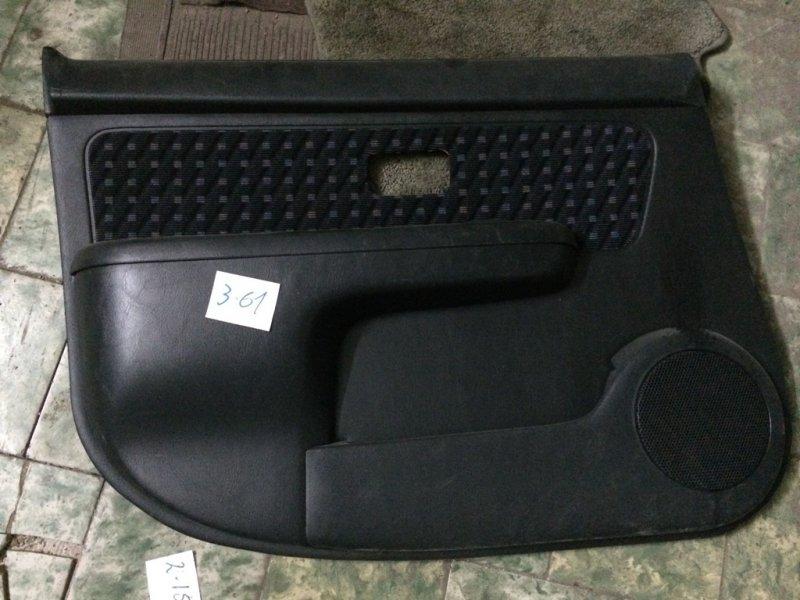 Обшивка дверей Nissan Cube Z10 CG13DE передняя левая