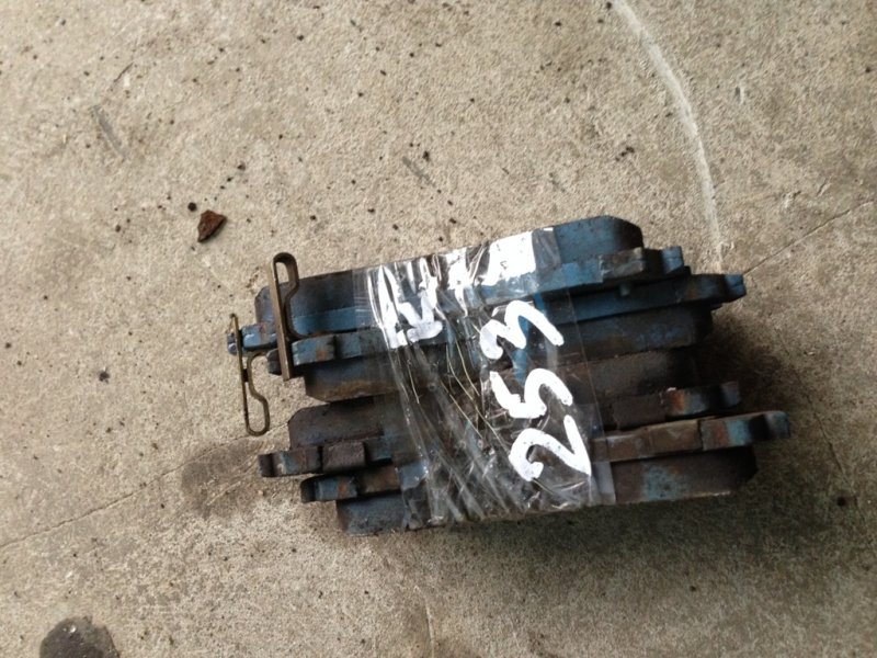 Тормозные колодки Mitsubishi Rvr N23W 4G63 заднее