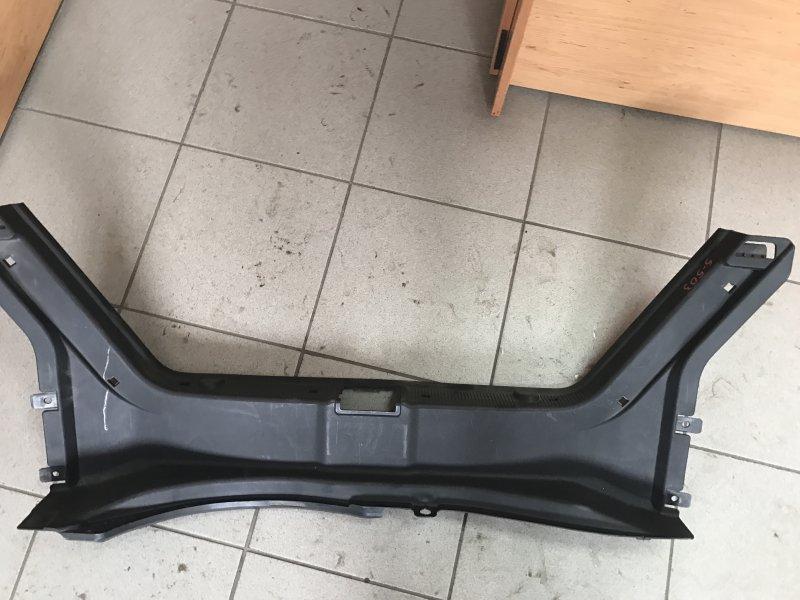 Планка багажника Mercedes C-Class W203 M111 2001