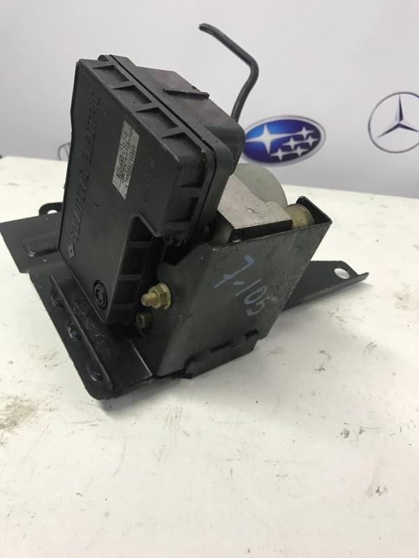 Блок управления abs Mazda Familia BJ3P ZL 2002