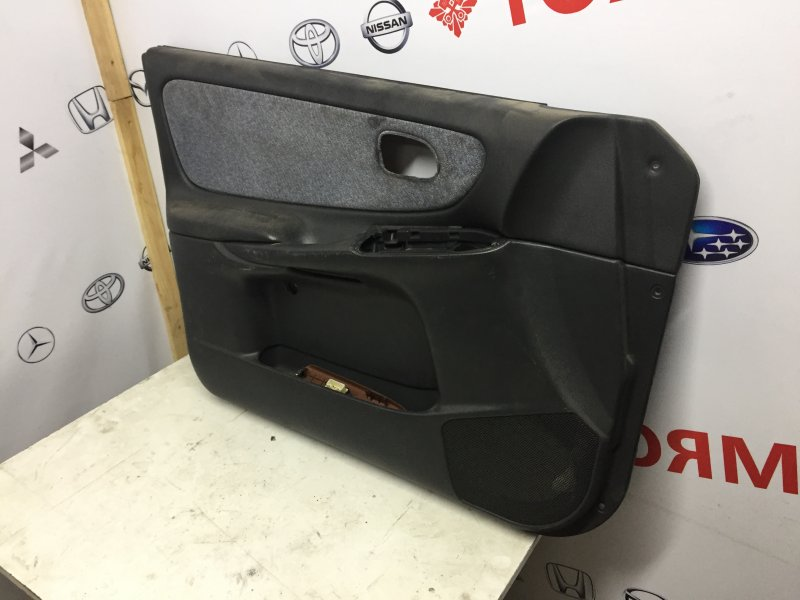 Обшивка дверей Mazda Capella GF8P FP передняя левая