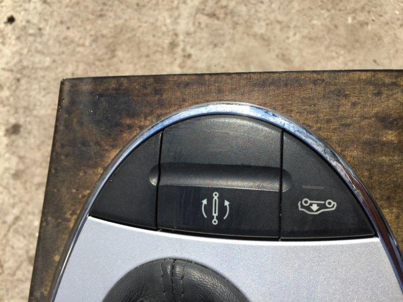 Кнопки на панели Mercedes E-Class W211 M112