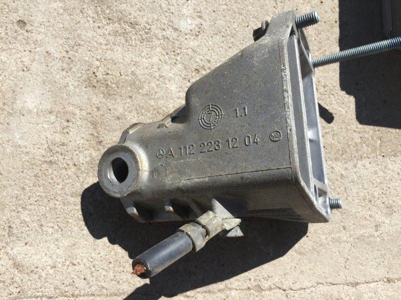 Кронштейн подушки двигателя Mercedes Ml-Class W163 M112.942 2000 правый