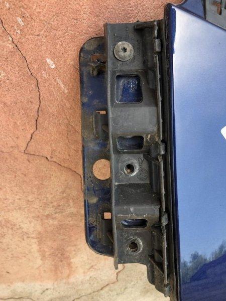 Крепление бампера Volkswagen Passat B6 переднее левое