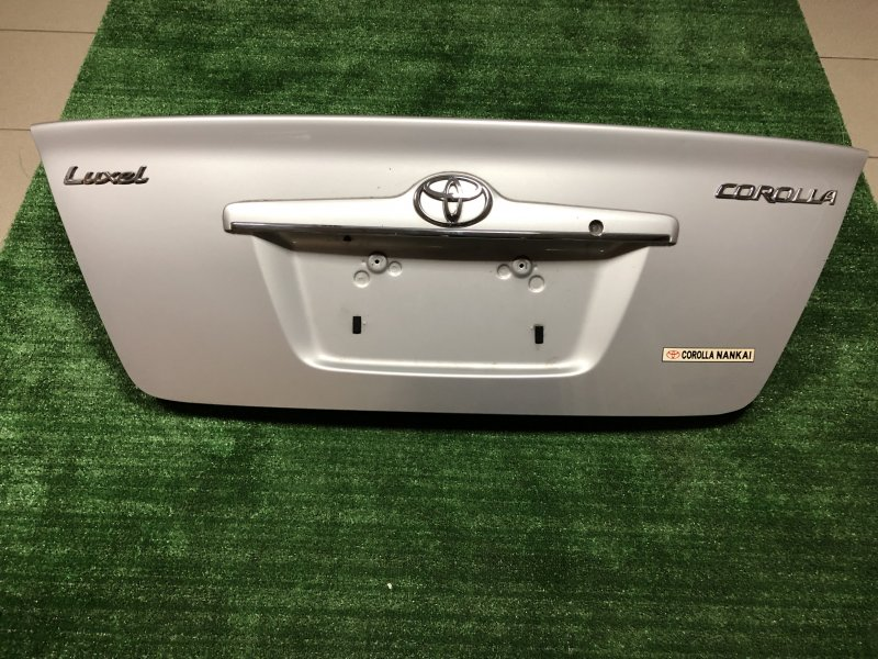 Крышка багажника Toyota Corolla CE121