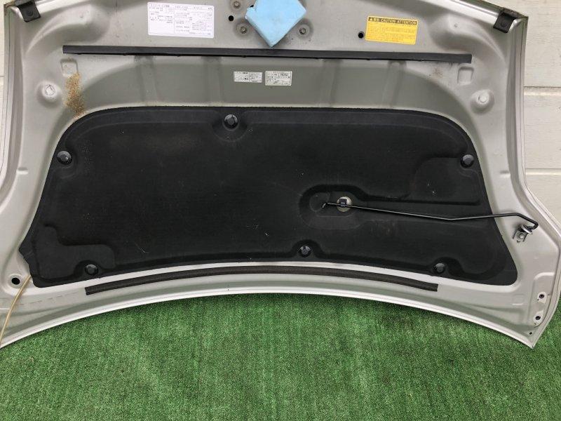 Обшивка капота Toyota Prius NHW20