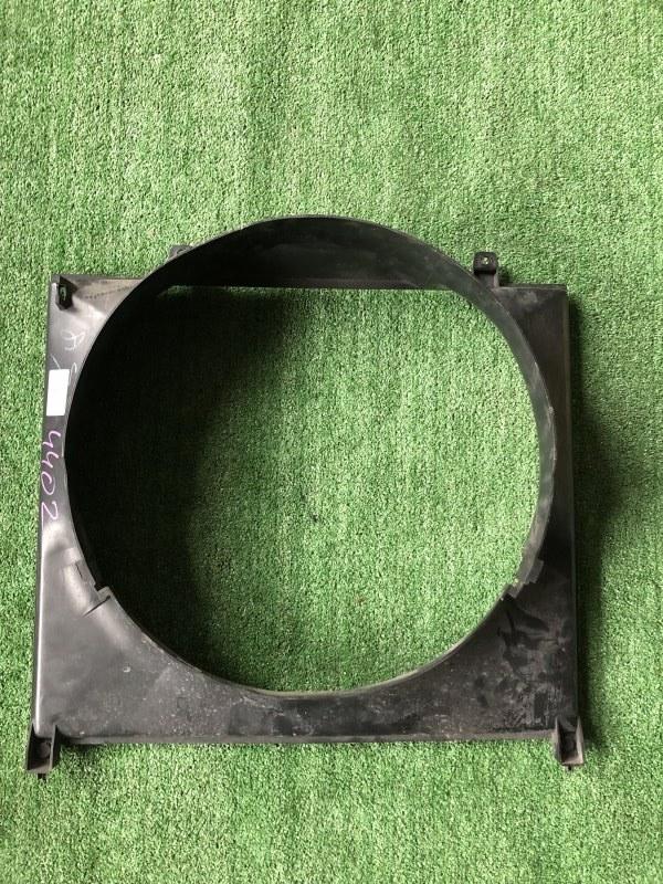 Диффузор радиатора Mitsubishi Delica PB6W 6G72