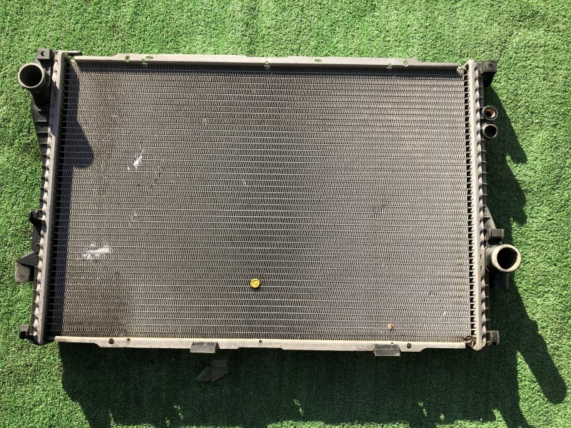 Радиатор основной Bmw 7-Series E38