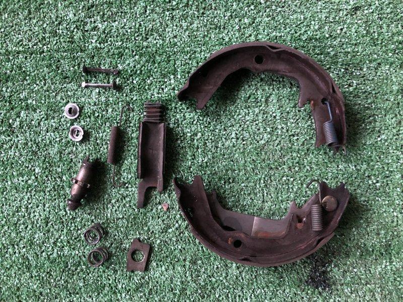 Механизм стояночного тормоза Mitsubishi Diamante F31A 6G73 задний левый