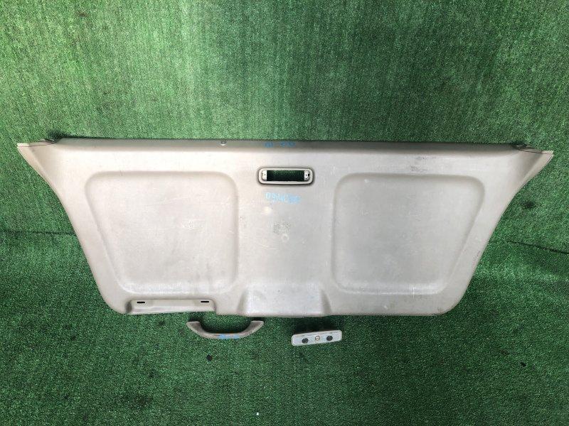 Обшивка двери багажника Honda Odyssey RA1
