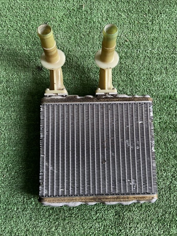 Радиатор печки Nissan Cefiro A32 VQ20 1997