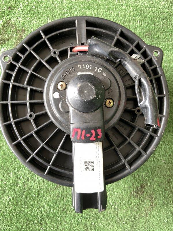Мотор печки Toyota Harrier ACU10