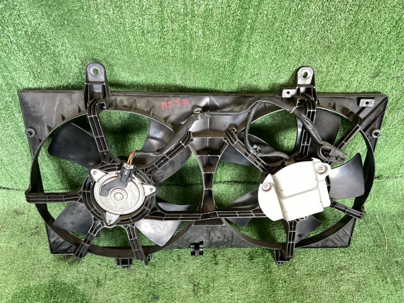 Диффузор радиатора Nissan Teana J31 VQ23DE