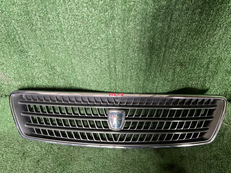 Решетка радиатора Toyota Chaser GX100