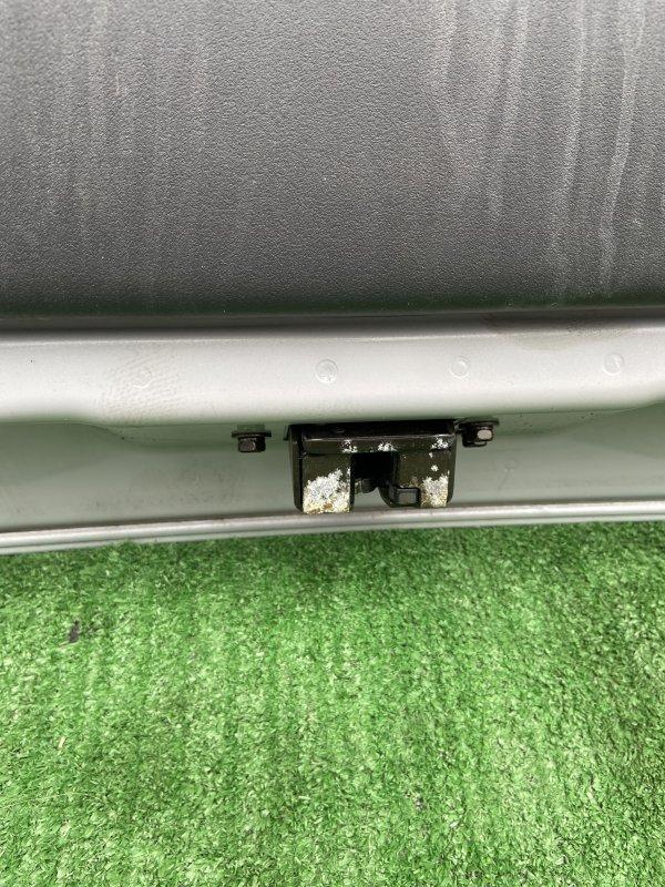 Замок багажника Toyota Ractis NCP100