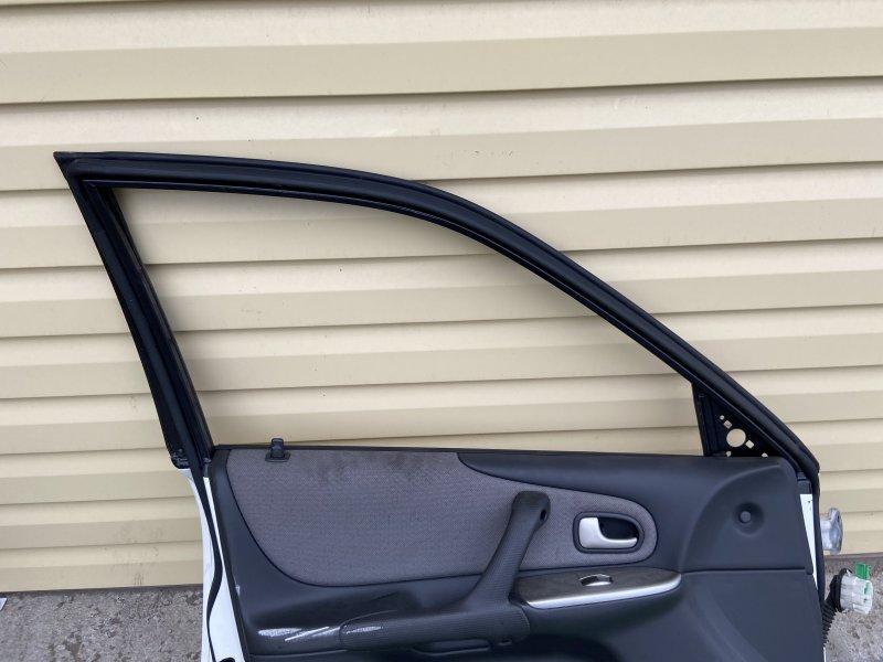 Стекло двери Mazda Familia BJ3P переднее левое