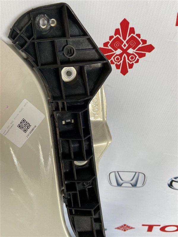 Крепление бампера Toyota Echo NCP12 переднее правое