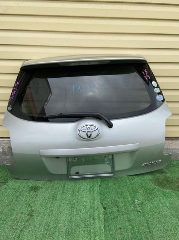 Дверь 5-я Toyota Auris ADE150 2010