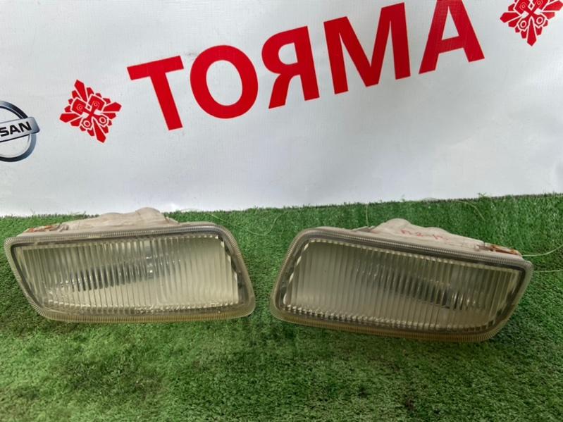 Туманка Toyota Corona Premio AT210 правая