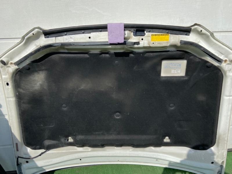 Обшивка капота Toyota Kluger ACU20
