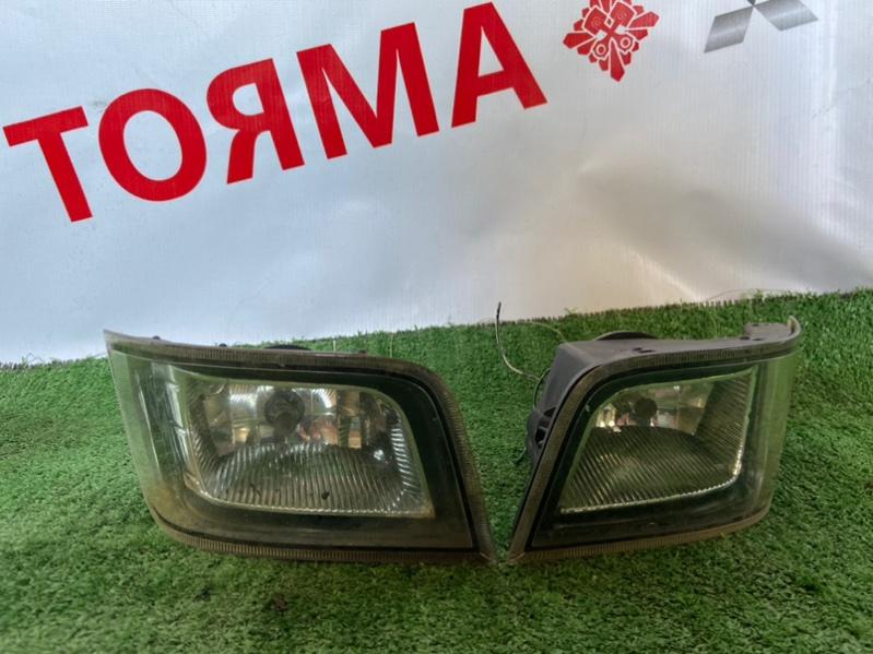 Туманка Toyota Opa ACT10 левая