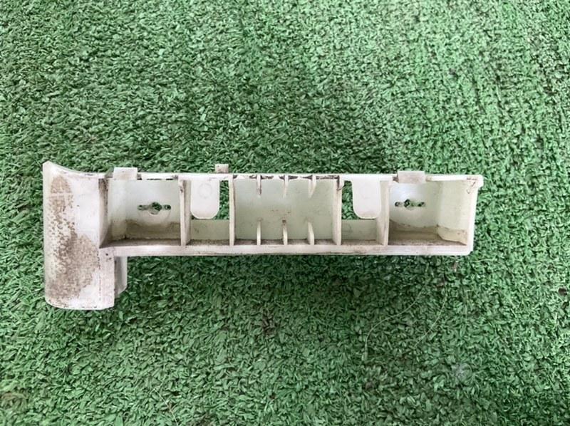 Крепление бампера Nissan Teana J31 переднее левое
