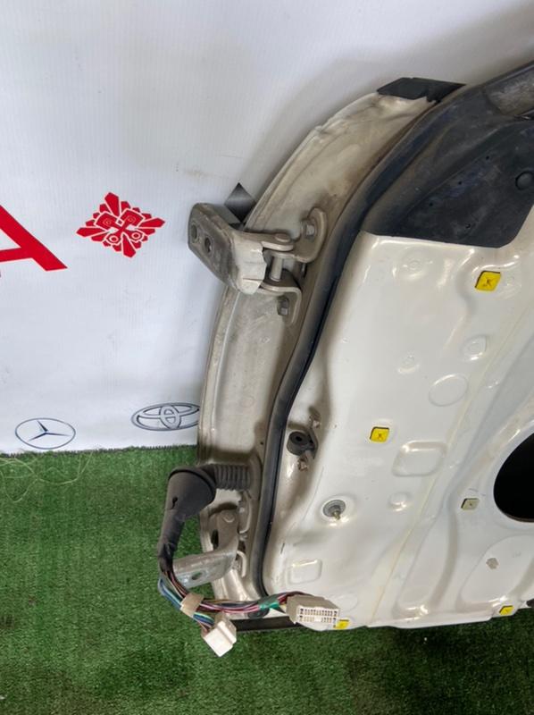 Петля двери Toyota Mark Ii GX100 передняя правая
