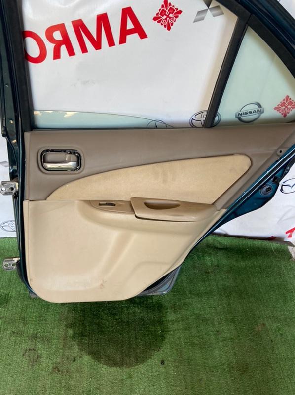 Обшивка дверей Nissan Sunny B15 задняя правая