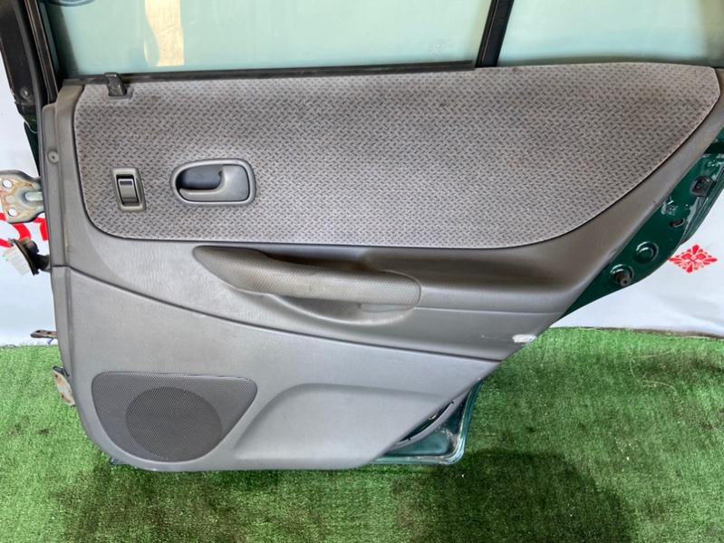 Обшивка дверей Mazda Familia BJ3P задняя правая