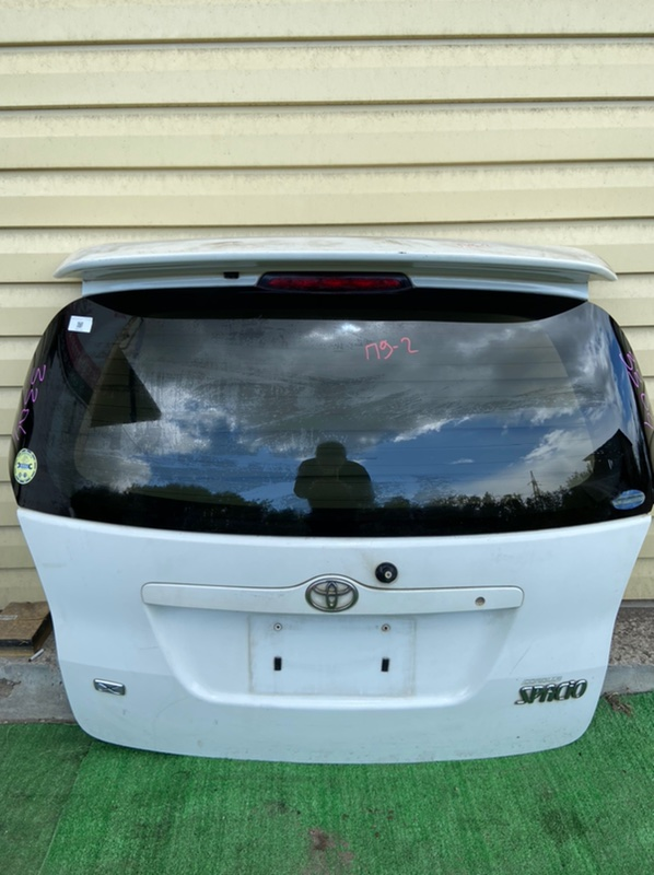 Дверь 5-я Toyota Corolla Spacio NZE121