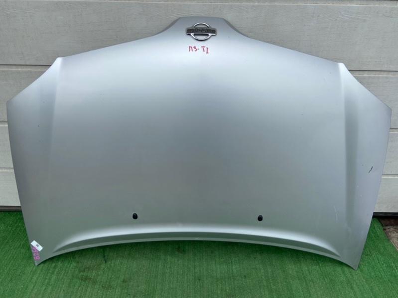 Капот Nissan Tino HV10