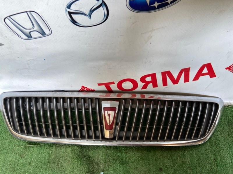 Решетка радиатора Toyota Vista AZV50