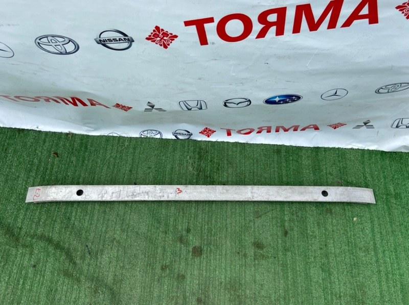 Усилитель бампера Toyota Chaser GX100 задний