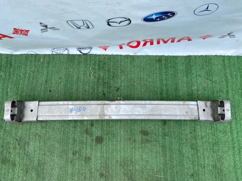 Усилитель бампера Honda Stream RN1 D17A передний