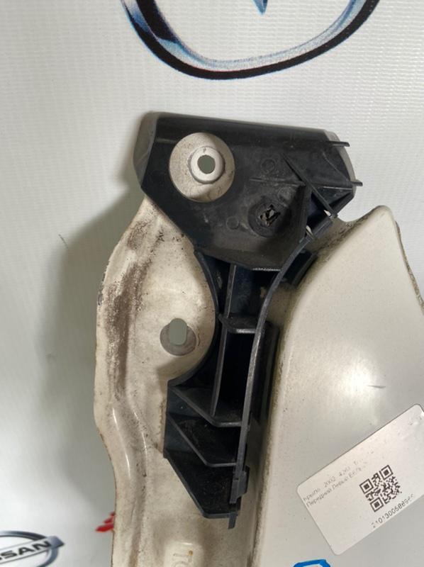 Крепление бампера Toyota Allex NZE121 переднее левое