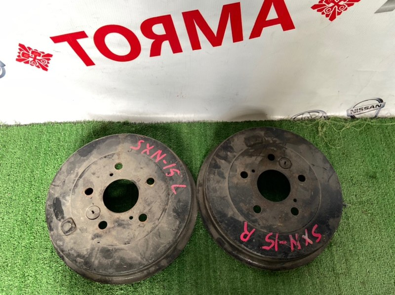Тормозной барабан Toyota Ipsum SXM15G 3S задний