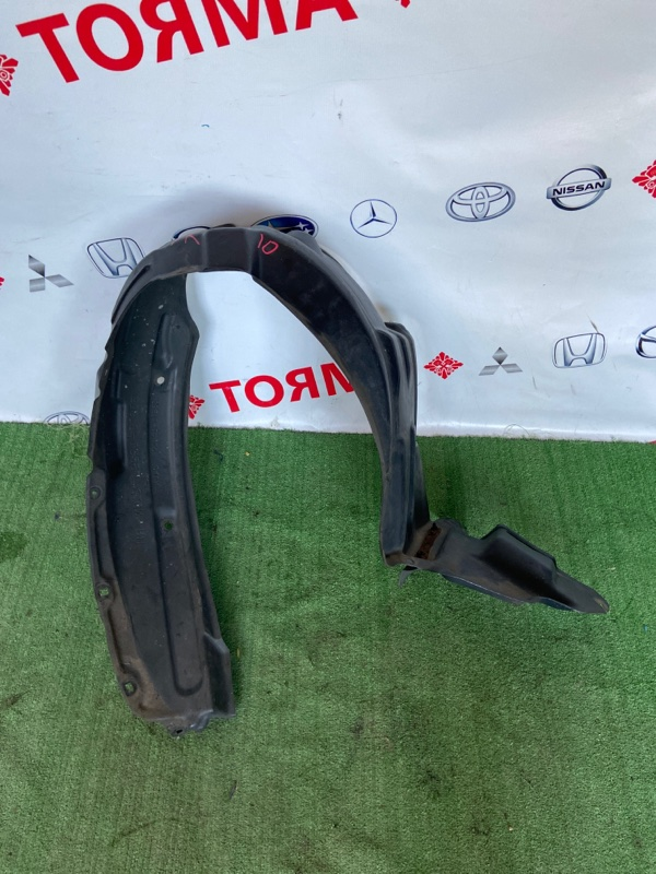 Подкрылок Toyota Allex CE121 передний правый