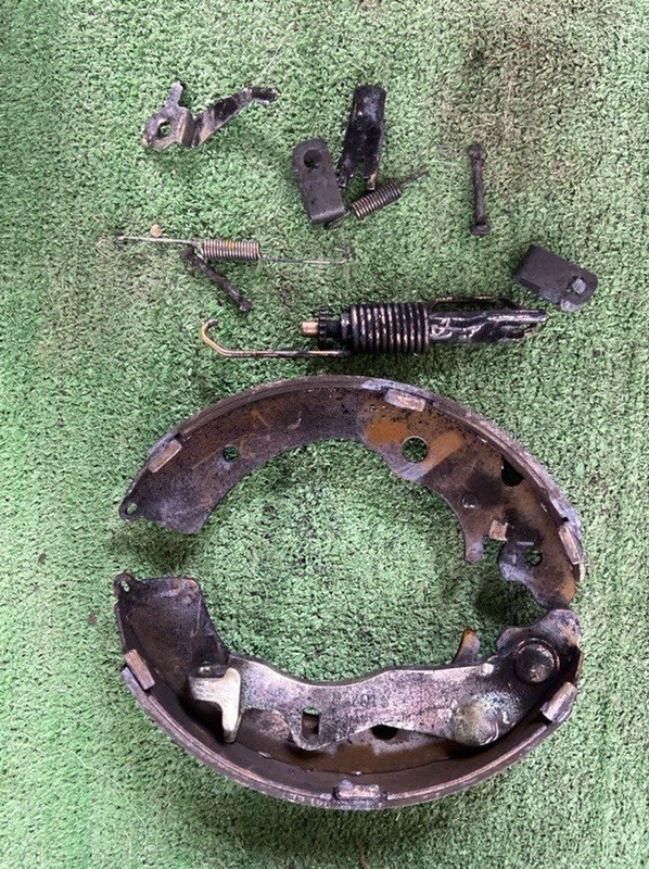 Механизм стояночного тормоза Honda Civic Hybrid BE1 правый