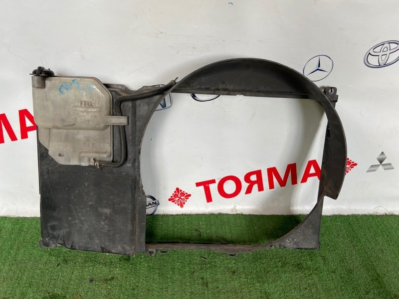 Диффузор радиатора Toyota Chaser JZX100 1JZ-GE