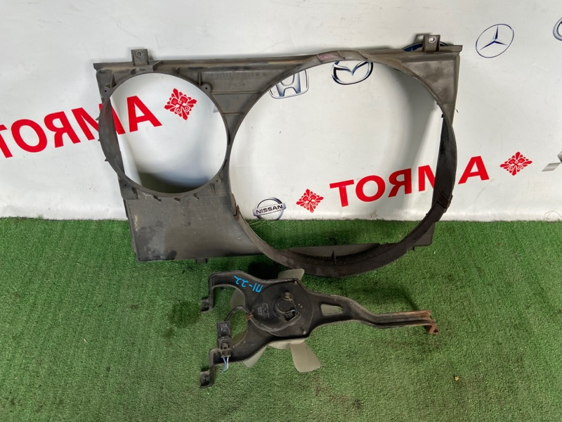 Диффузор радиатора Toyota Noah SR50 3S