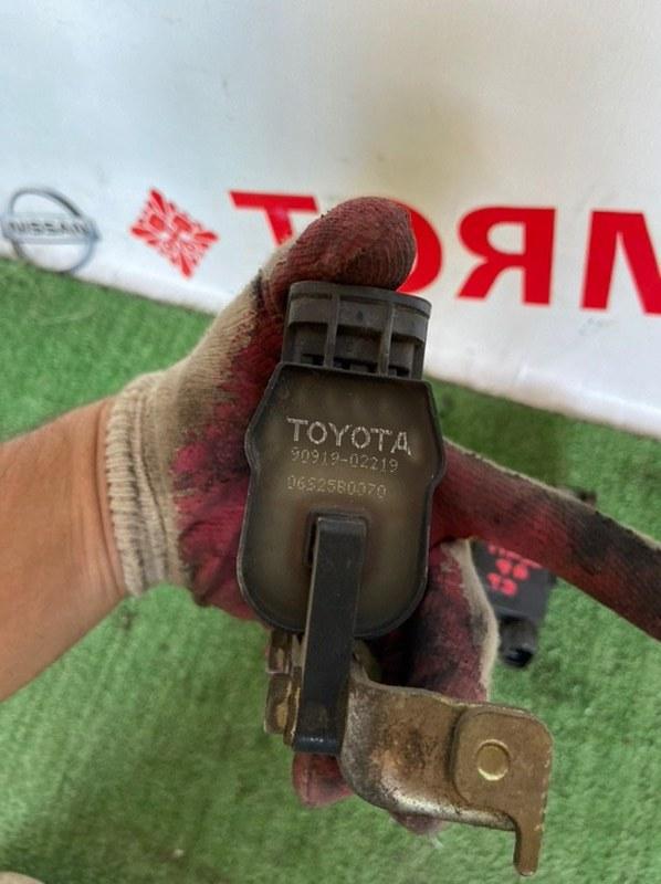 Катушка зажигания Toyota Carina AT211 7A
