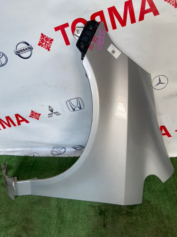 Крыло Honda Fit GD1 переднее левое