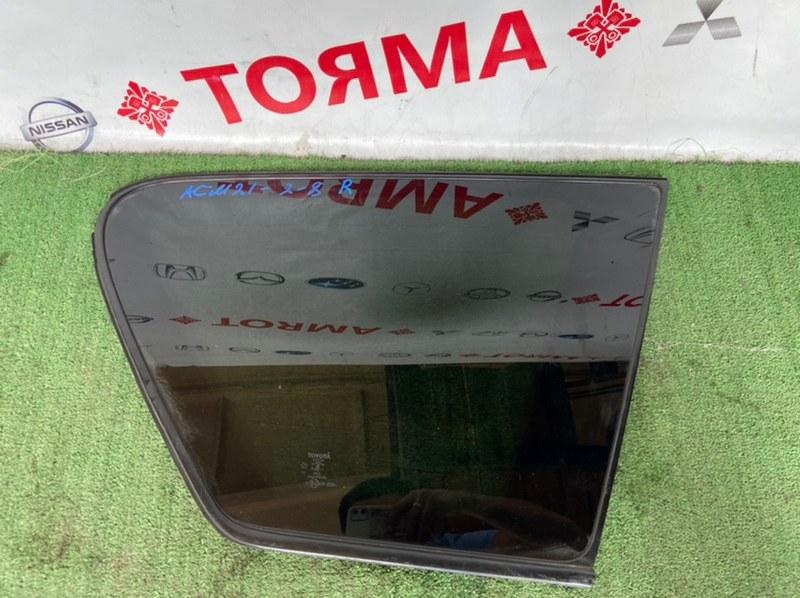 Стекло собачника Toyota Ipsum ACM21 2AZ правое