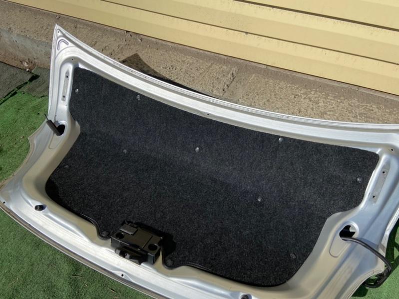 Обшивка крышки багажника Toyota Belta KSP92