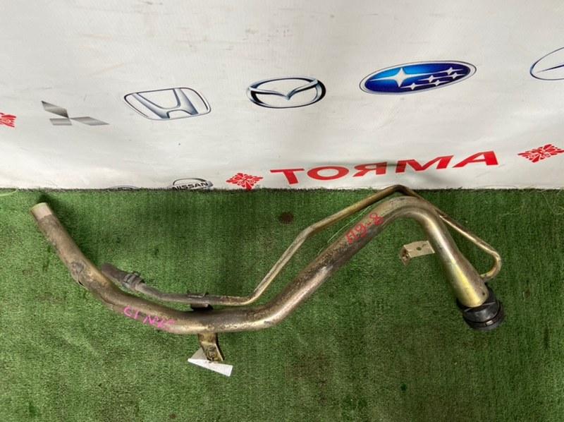Горловина топливного бака Toyota Ipsum ACN10