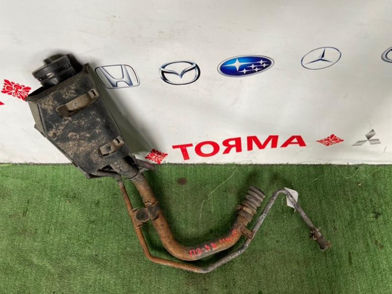 Горловина топливного бака Toyota Sprinter AE104