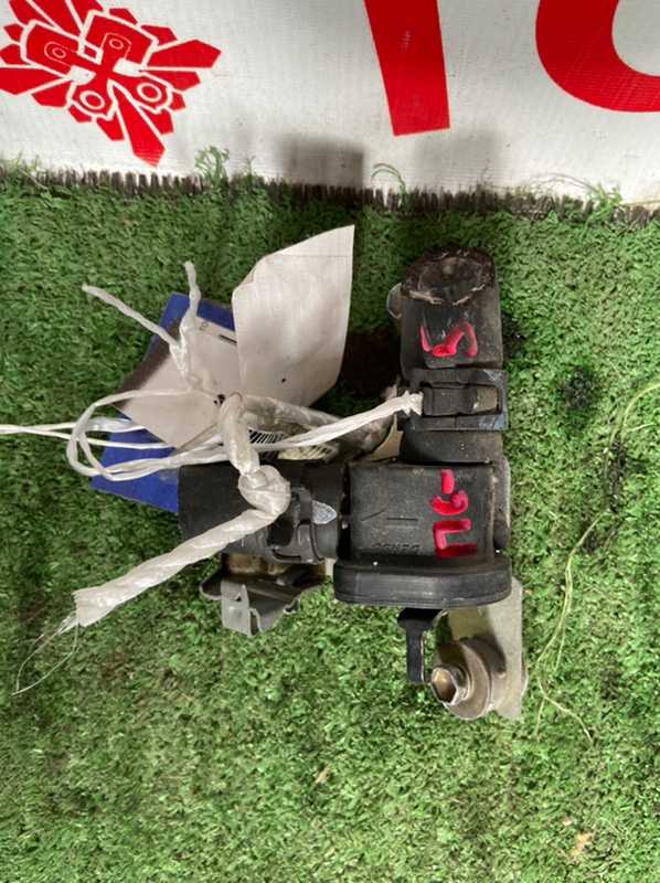 Кран печки Toyota Chaser GX100